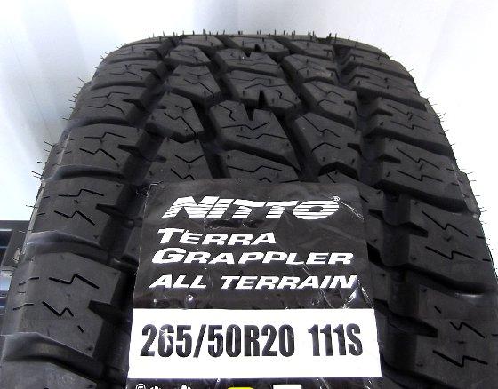 ハイラックスサーフ NITTO TERRA GRAPPLER 265/50R20